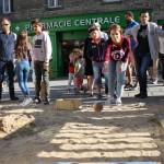 945ec116e9fcb9dfc73c3949103d4577-guerande-passe-boules-trou-du-chat-essayez-vous-aux-jeux-bretons